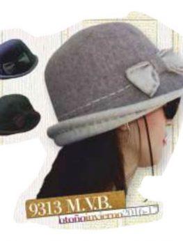Modelo de señora 9313